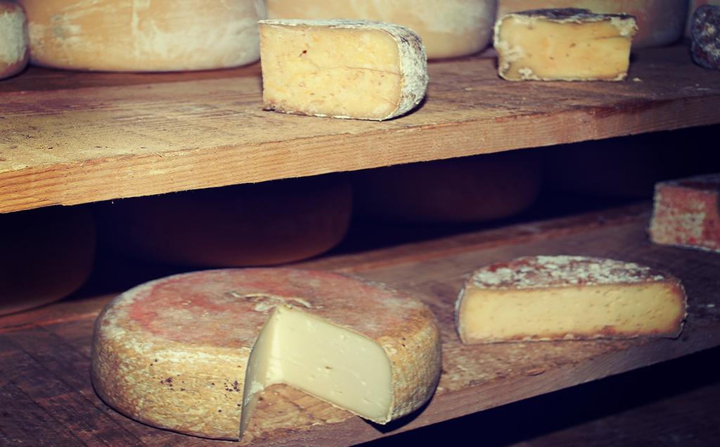 Comptoir Des Entreprises magazine des savoir faire tour de france 2015 etape 10 fromages ossau iraty credit jean michel etchecolonea